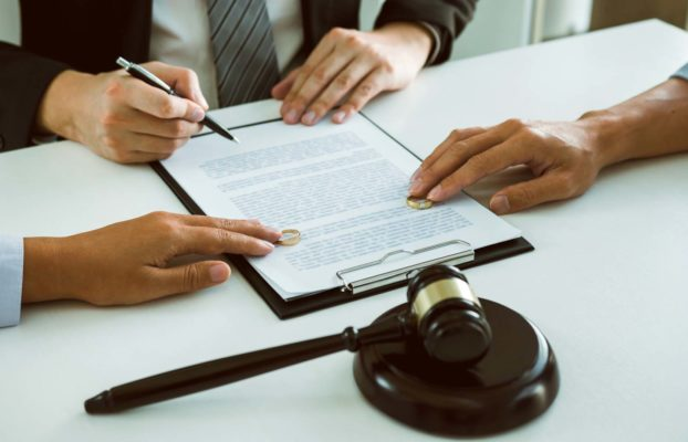 Jak naložit s nemovitostí a jejími podíly při rozvodu?